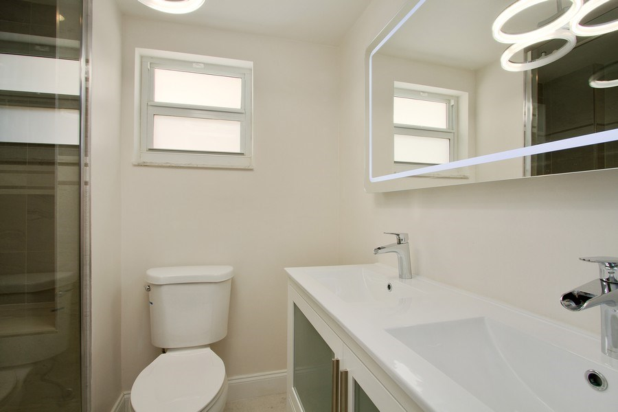 Real Estate Photography - Tiara East Condos333 NE 21st Ave., #310, Deerfield Beach, FL, 33441 - Master Bathroom