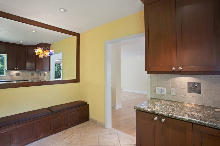 Real Estate Photography - 335 Pacific Rd., Key Biscayne, FL, 33149 - Kitchen / Breakfast Room
