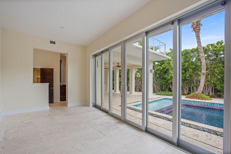 Real Estate Photography - 335 Pacific Rd., Key Biscayne, FL, 33149 - Family Room