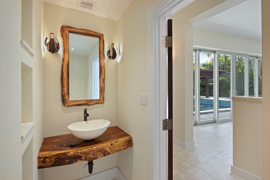 Real Estate Photography - 335 Pacific Rd., Key Biscayne, FL, 33149 - Half Bath