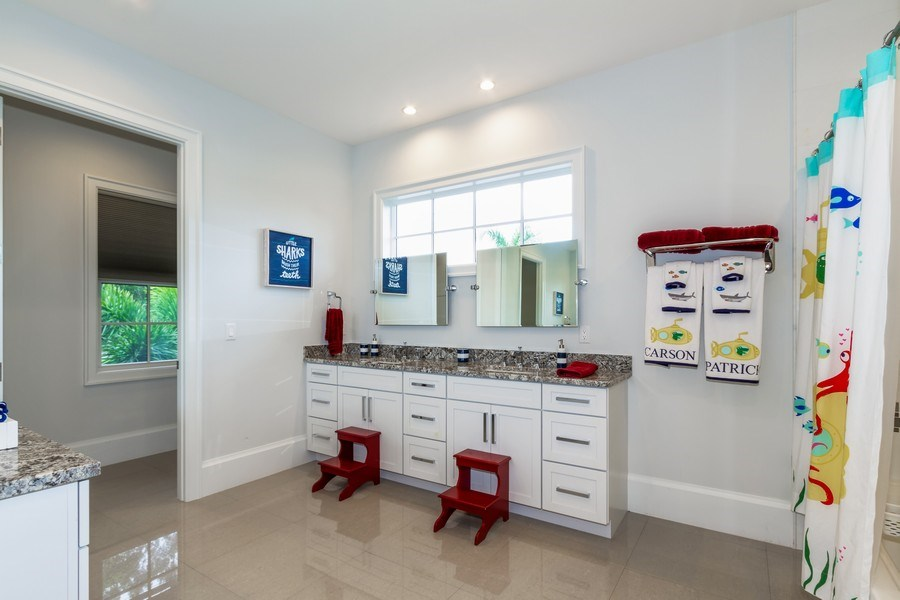 Real Estate Photography - 718 Springline Dr., Naples, FL, 34102 - 5th Bathroom