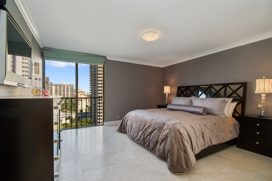 Real Estate Photography - 19667 Turnberry Way, Aventura, FL, 33180 - Master Bedroom