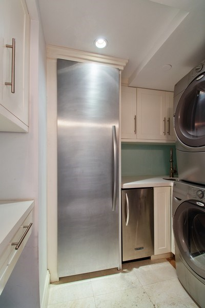 Real Estate Photography - 19667 Turnberry Way, Aventura, FL, 33180 - Laundry Room