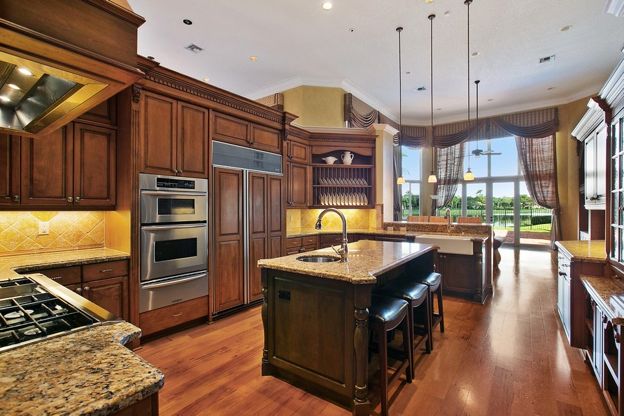 Real Estate Photography - 3460 Windmill Ranch Rd., Weston, FL, 33331 - Kitchen