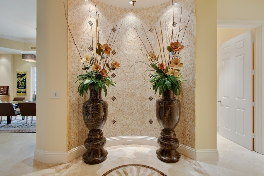 Real Estate Photography - 14270 Royal Harbour Ct., 1122, Fort Myers, FL, 33908 - Foyer
