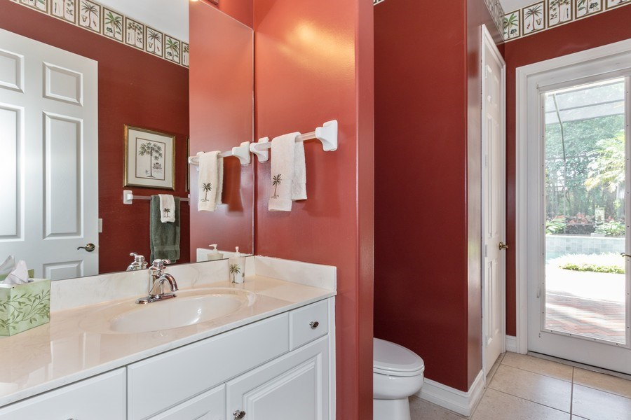 Real Estate Photography - 14530 Ocean Bluff Dr., Fort Myers, FL, 33908 - 2nd Bathroom