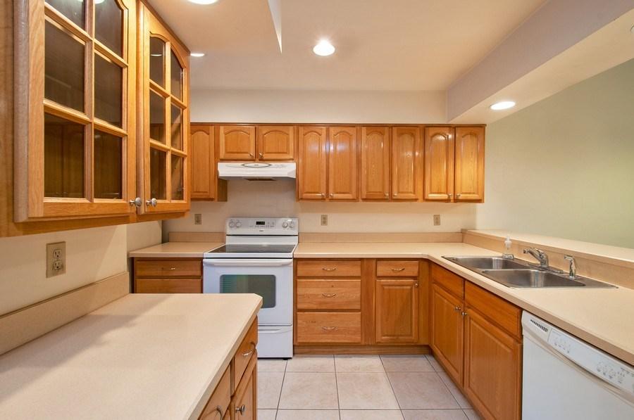 Real Estate Photography - 3931 NW 29 lane, Gainesville, FL, 32607 - Kitchen
