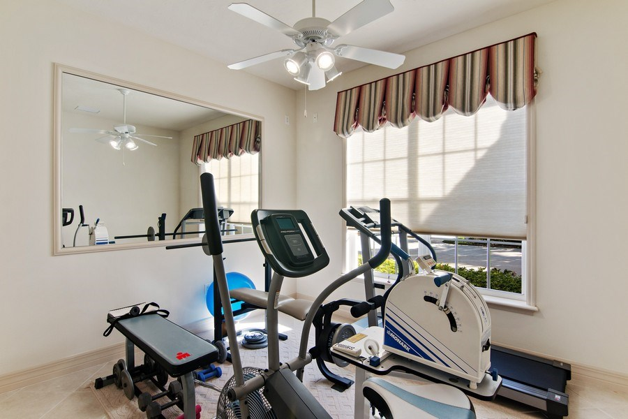 Real Estate Photography - 7147 Beechmont Ter, Lakewood Ranch, FL, 34202 - Exercise Room