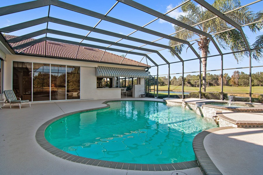 Real Estate Photography - 7147 Beechmont Ter, Lakewood Ranch, FL, 34202 - Pool