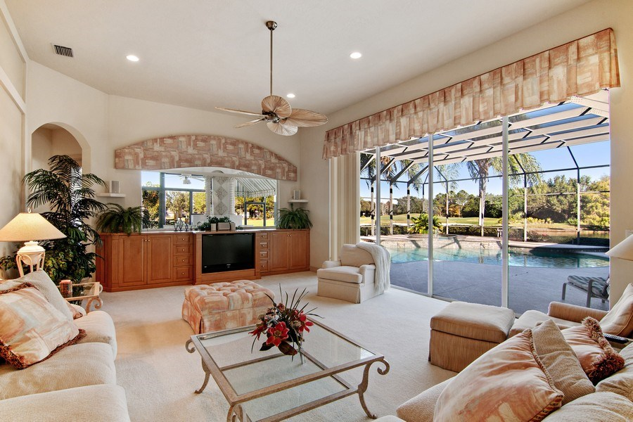 Real Estate Photography - 7147 Beechmont Ter, Lakewood Ranch, FL, 34202 - Family Room