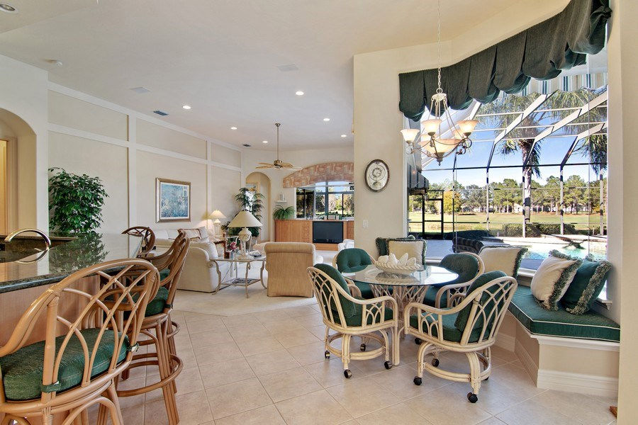 Real Estate Photography - 7147 Beechmont Ter, Lakewood Ranch, FL, 34202 - Breakfast Area