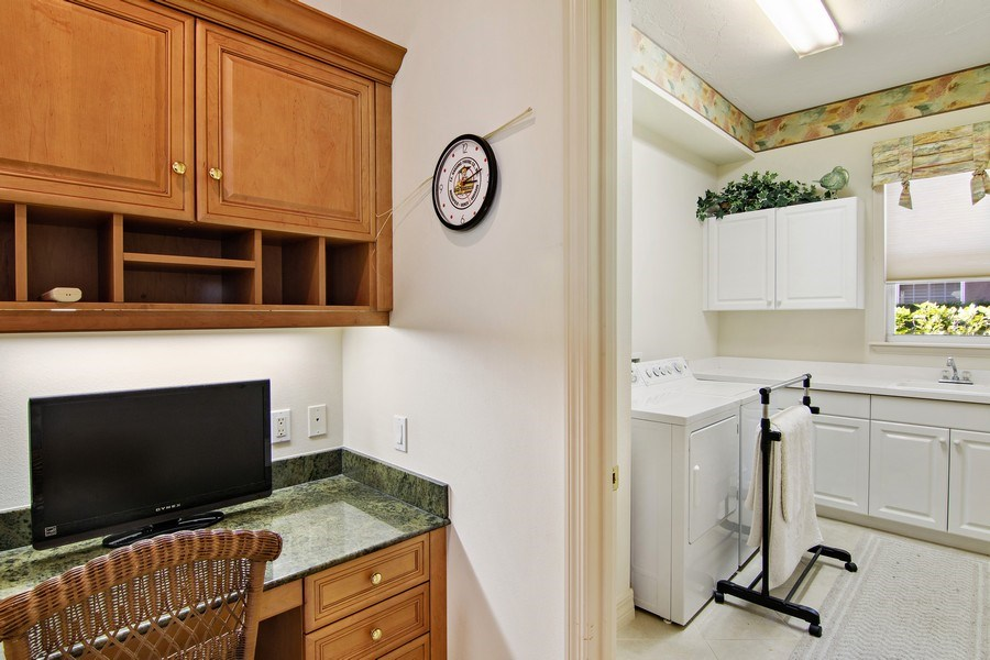 Real Estate Photography - 7147 Beechmont Ter, Lakewood Ranch, FL, 34202 - Laundry Room