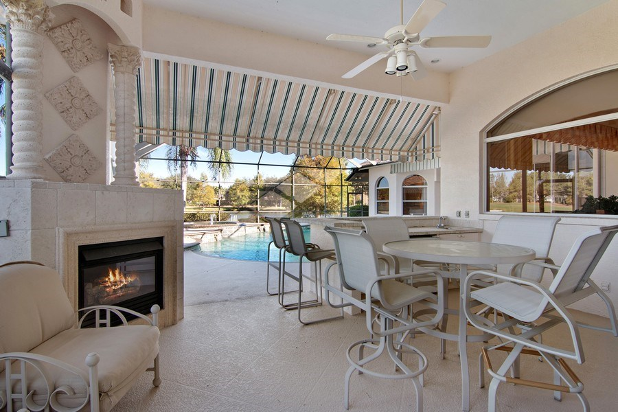 Real Estate Photography - 7147 Beechmont Ter, Lakewood Ranch, FL, 34202 - Patio