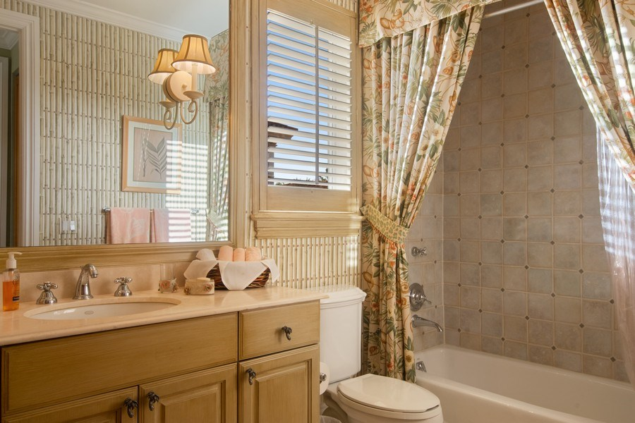 Real Estate Photography - 7582 Isla Verde Way, Delray Beach, FL, 33446 - 4th Bathroom