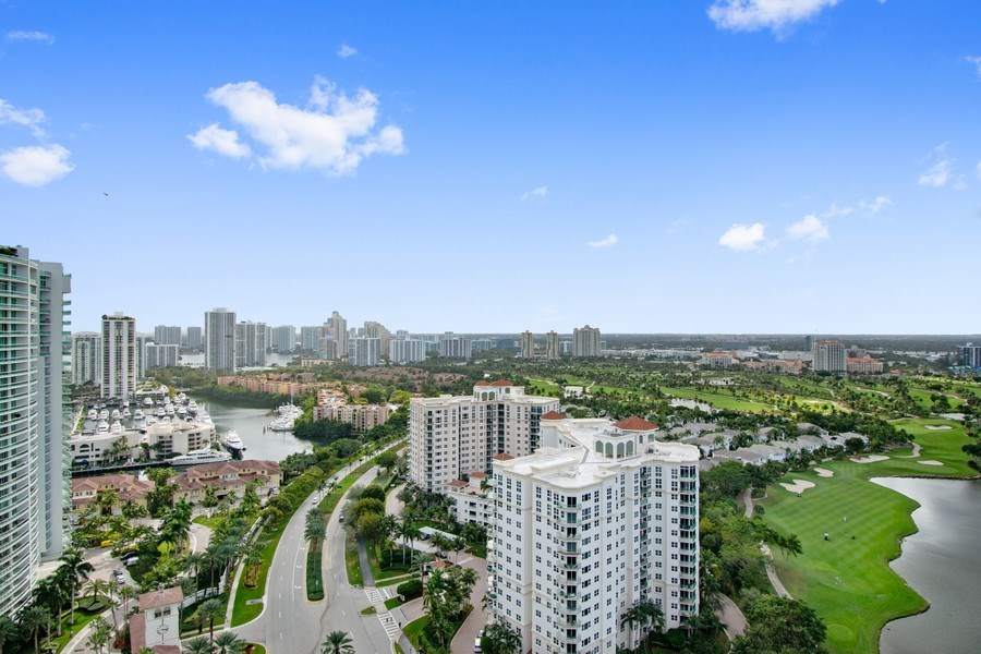 Real Estate Photography - 20185 E. Country Club Drive, TS 5, Aventura, FL, 33180 - View