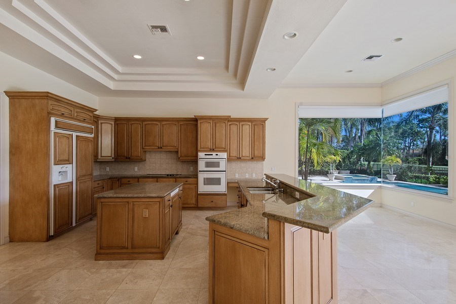 Real Estate Photography - 144 Cheshire Way, Naples, FL, 34110 - Kitchen / Dining Room