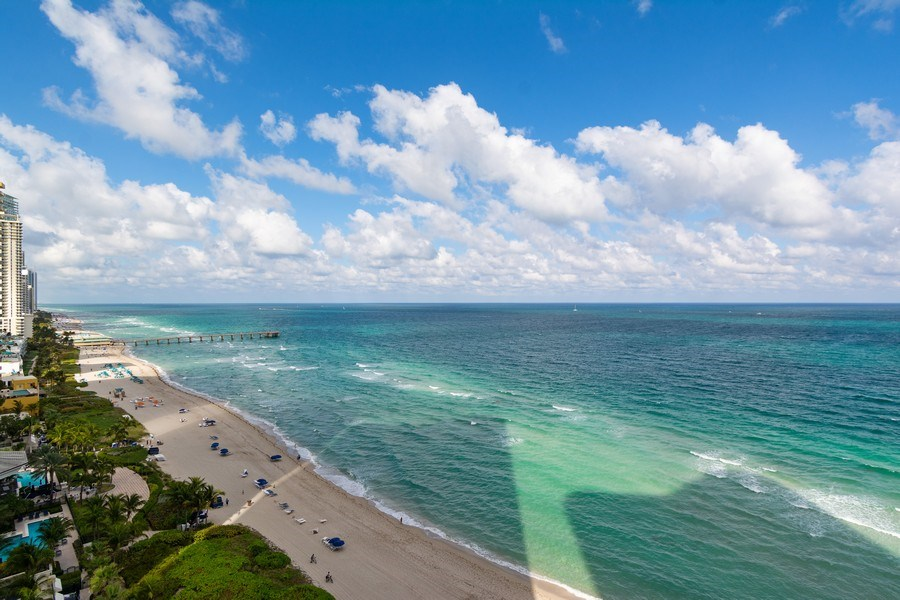 Real Estate Photography - 16001 Collins Ave., 1401, Sunny Isles Beach, FL, 33160 - View