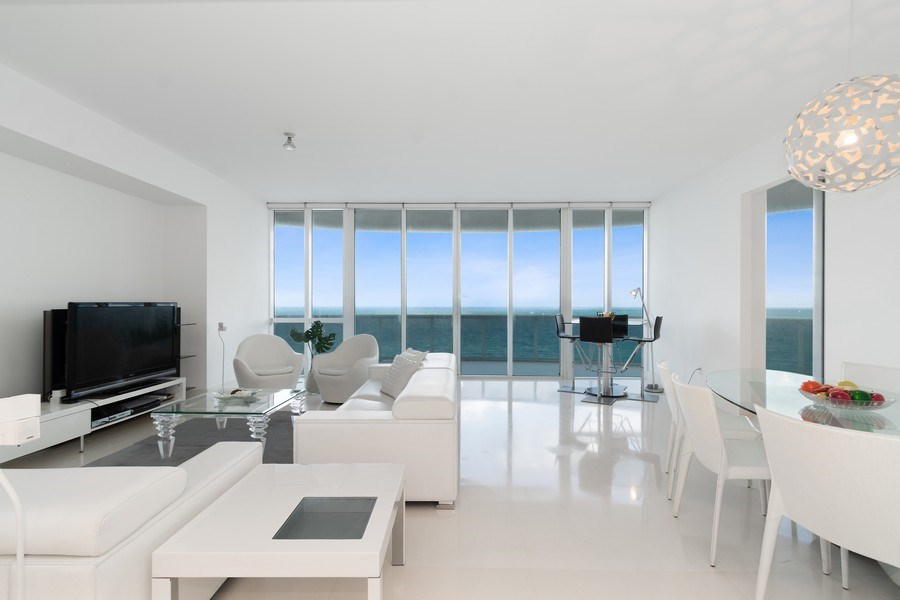 Real Estate Photography - 16001 Collins Ave., 1401, Sunny Isles Beach, FL, 33160 - Living Room / Dining Room