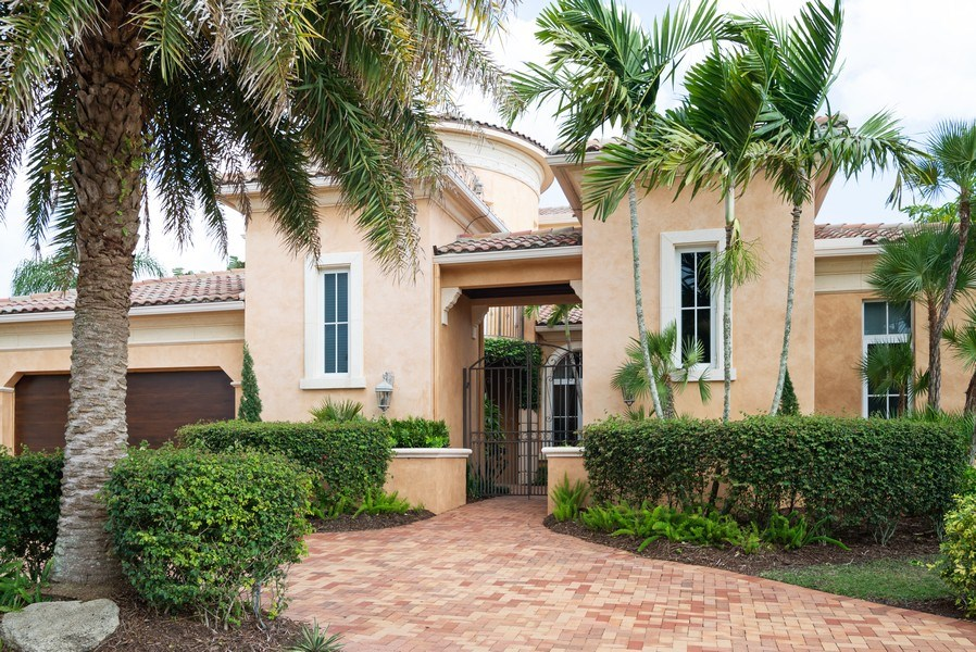 Real Estate Photography - 203 SE Bella Strano, Port St. Lucie, FL, 34984 - Front View