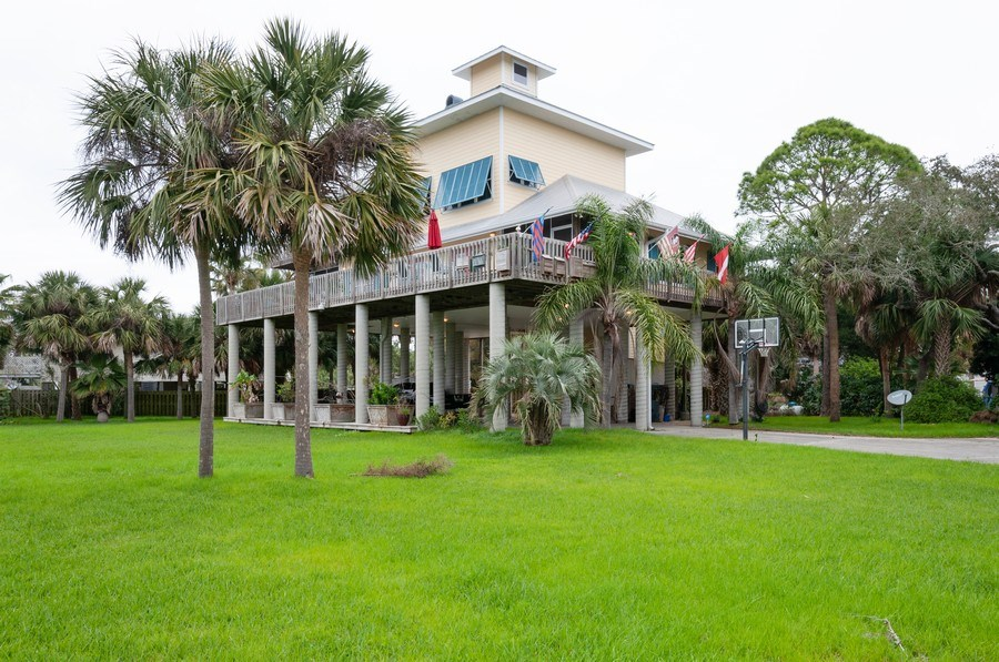 Real Estate Photography - 16351 Whiddon Avenue, Cedar Key, FL, 32625 - Front View