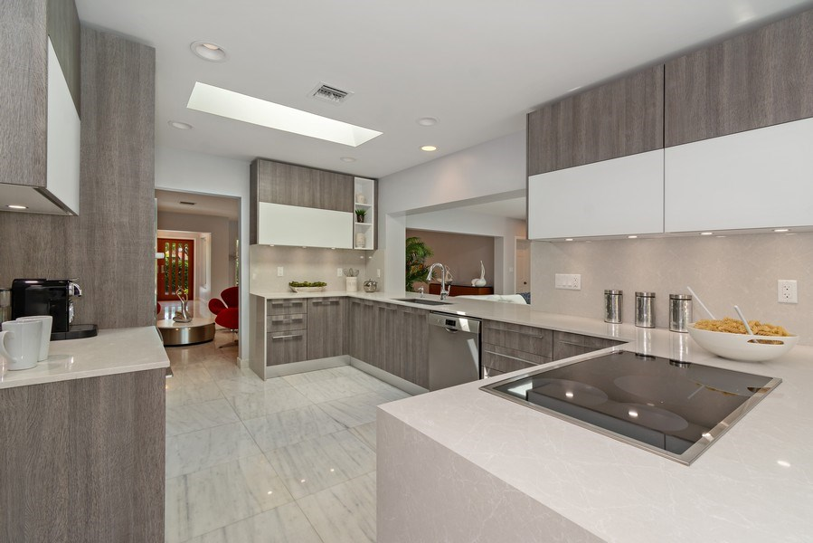 Real Estate Photography - 2659 NE 35th Drive, Fort Lauderdale, FL, 33308 - Kitchen
