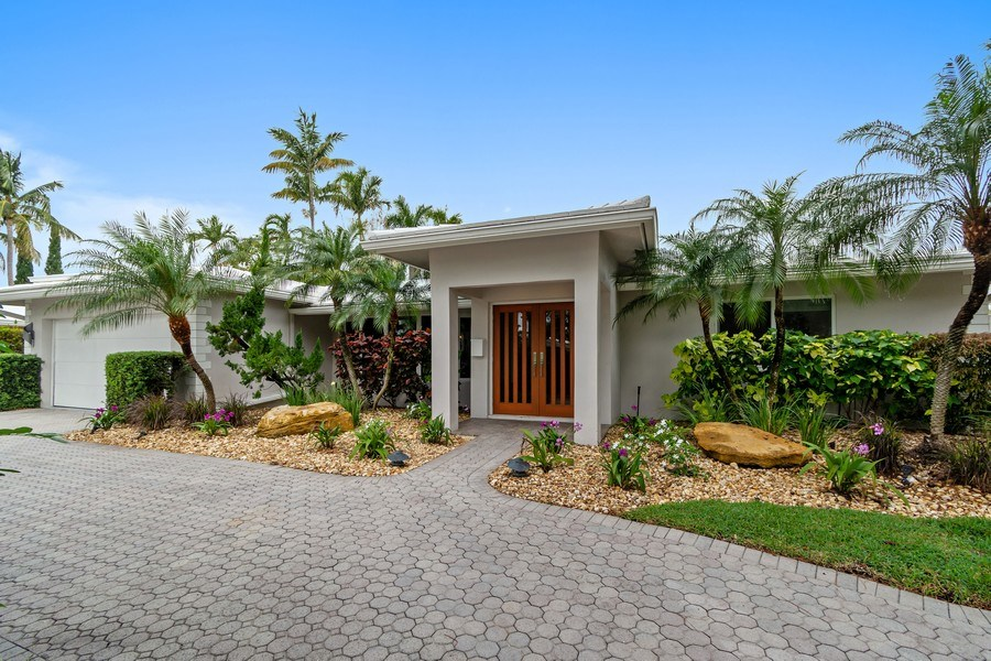 Real Estate Photography - 2659 NE 35th Drive, Fort Lauderdale, FL, 33308 - Front View
