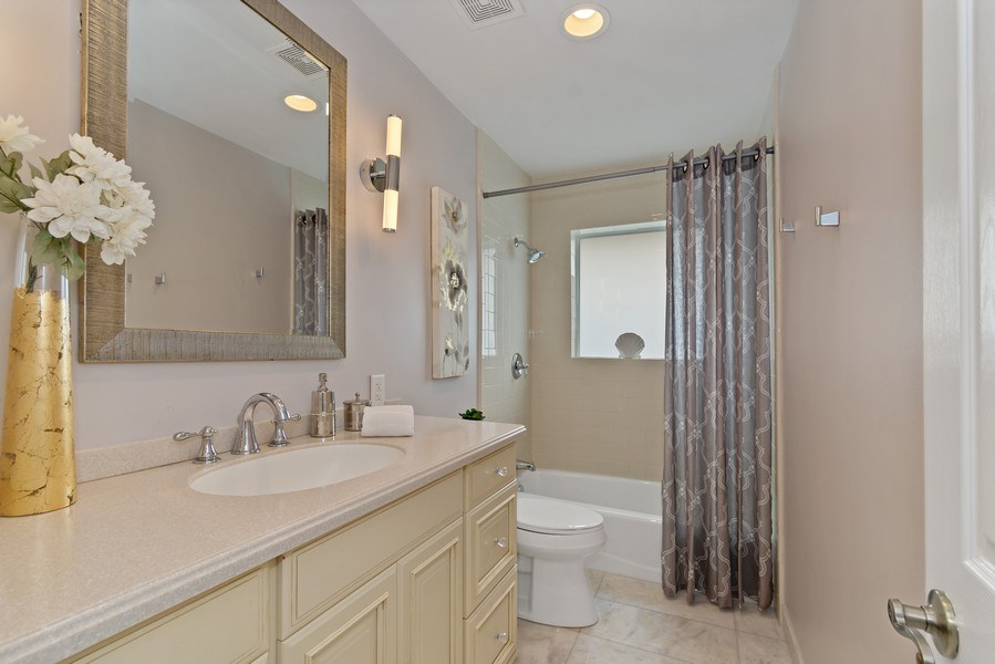 Real Estate Photography - 2659 NE 35th Drive, Fort Lauderdale, FL, 33308 - Bathroom