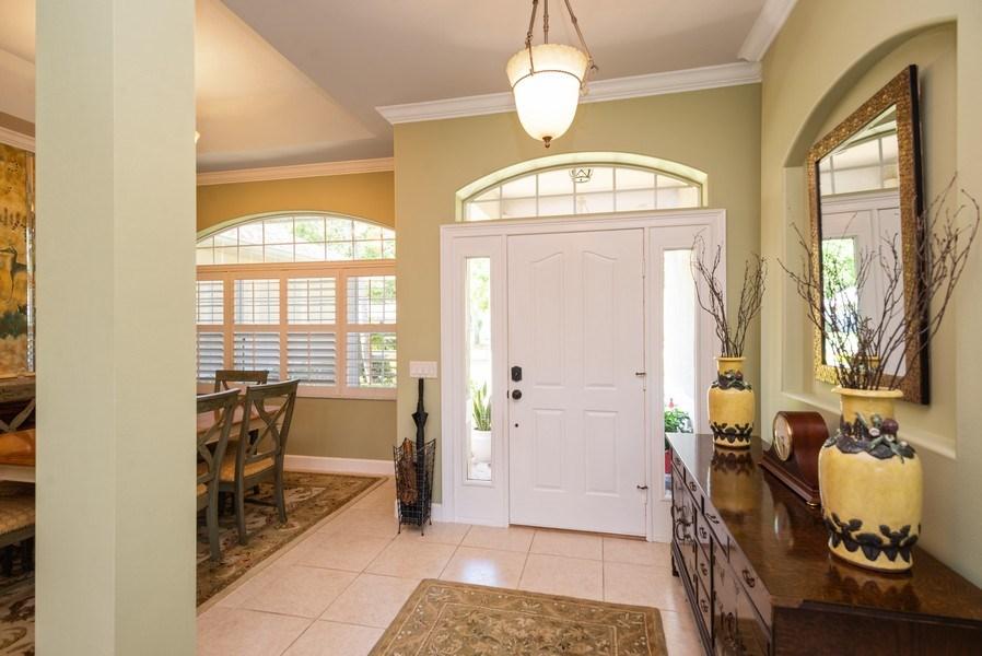 Real Estate Photography - 440 40th Sq SW, Vero Beach, FL, 32968 - Foyer