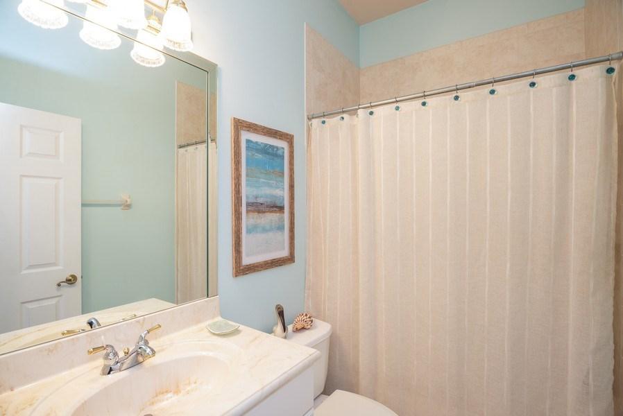 Real Estate Photography - 440 40th Sq SW, Vero Beach, FL, 32968 - 2nd Bathroom