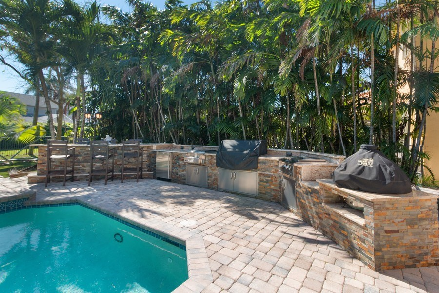 Real Estate Photography - 22472 Tiki Drive, Boca Raton, FL, 33428 - Barbeque / Picnic Area