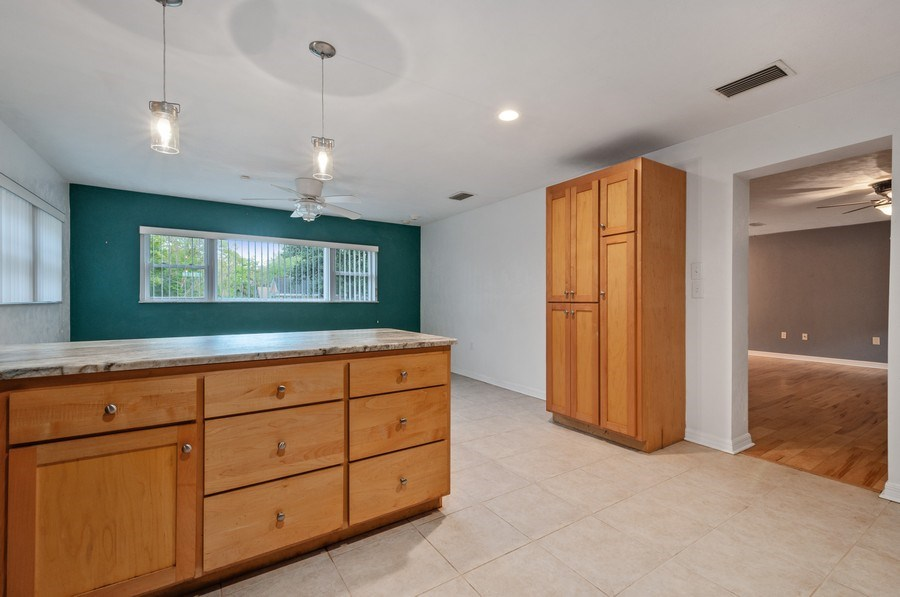 Real Estate Photography - 14404 NW 145 Terrace, Alachua, FL, 32615 - Kitchen