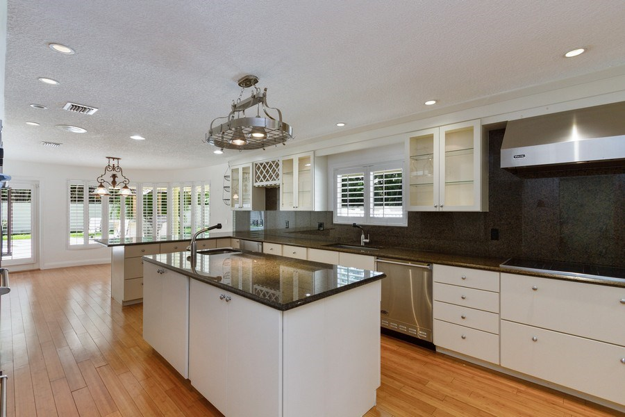 Real Estate Photography - 7534 Estrella Circle, Boca Raton, FL, 33433 - Kitchen