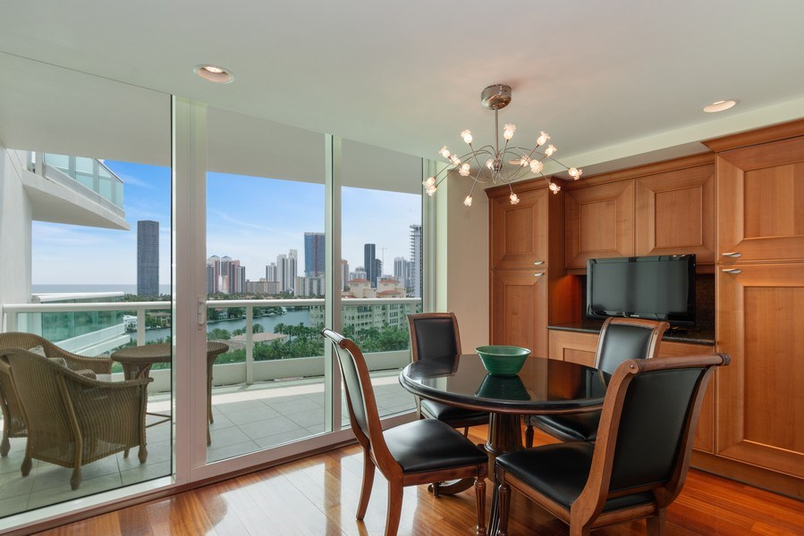 Real Estate Photography - 20155 NE 38th Court, #1401, Aventura, FL, 33180 - Breakfast Room
