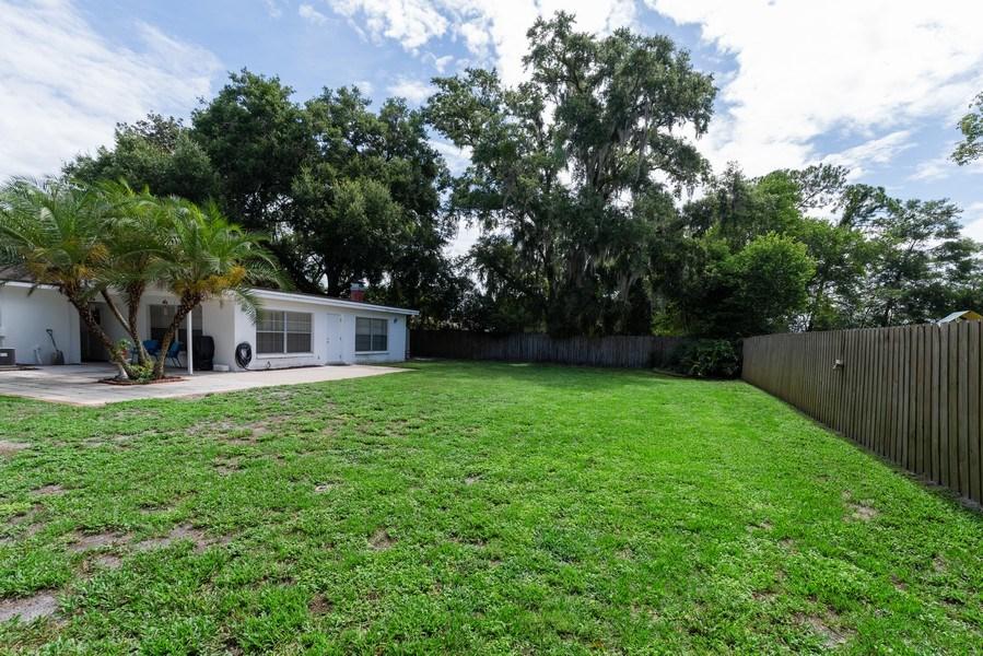 Real Estate Photography - 6022 Linneal Beach Dr., Apopka, FL, 32703 - Back Yard