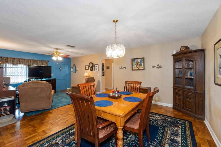 Real Estate Photography - 6022 Linneal Beach Dr., Apopka, FL, 32703 - Dining Room