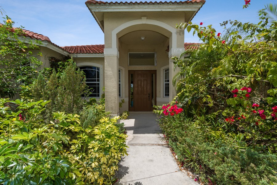 Real Estate Photography - 3775 Everglades Blvd N, Naples, FL, 34120 - Entryway