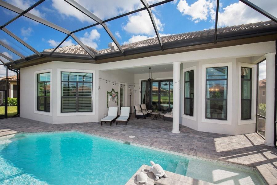 Real Estate Photography - 7329 Lantana Way, Naples, FL, 34119 - Lanai