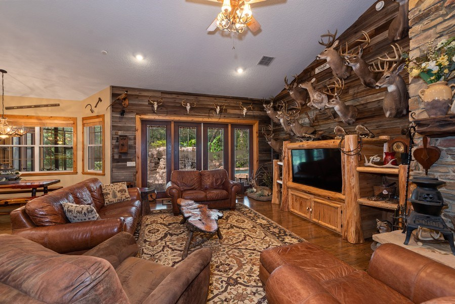 Real Estate Photography - 27737 County Road 44A, Eustis, FL, 32736 - Family Room