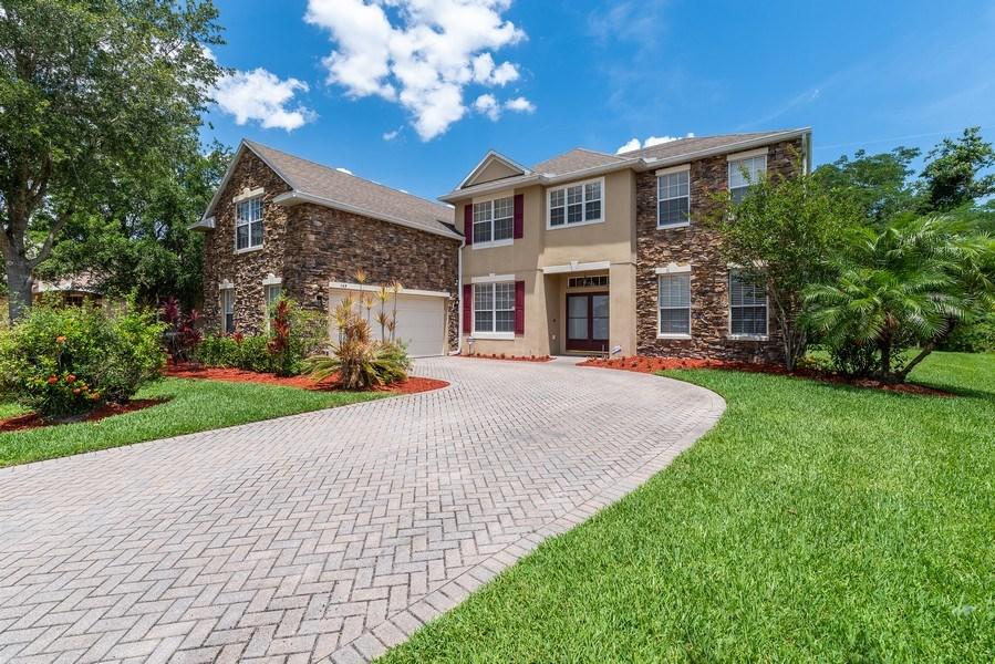 Real Estate Photography - 145 Doe Run Dr, Winter Garden, FL, 34787 - Front View