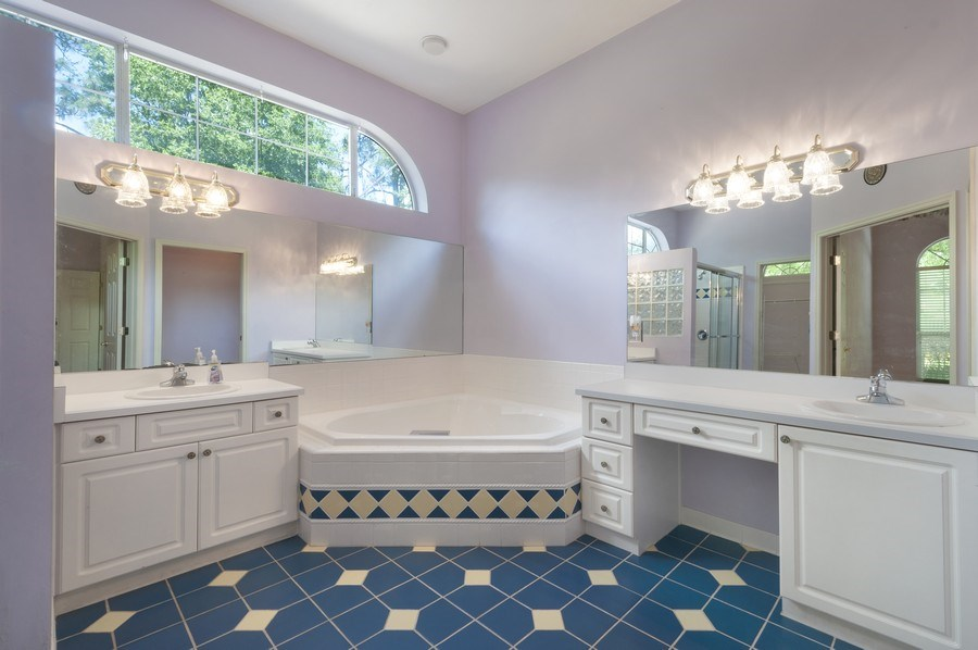 Real Estate Photography - 7325 SW 97TH LN, GAINESVILLE, FL, 32608 - Master Bathroom