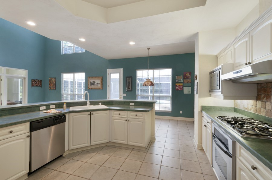Real Estate Photography - 7325 SW 97TH LN, GAINESVILLE, FL, 32608 - Kitchen