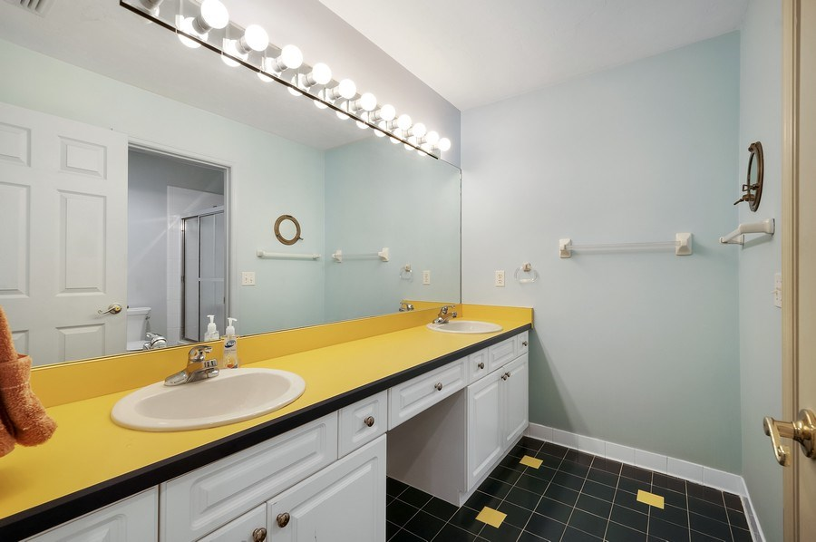 Real Estate Photography - 7325 SW 97TH LN, GAINESVILLE, FL, 32608 - Bathroom
