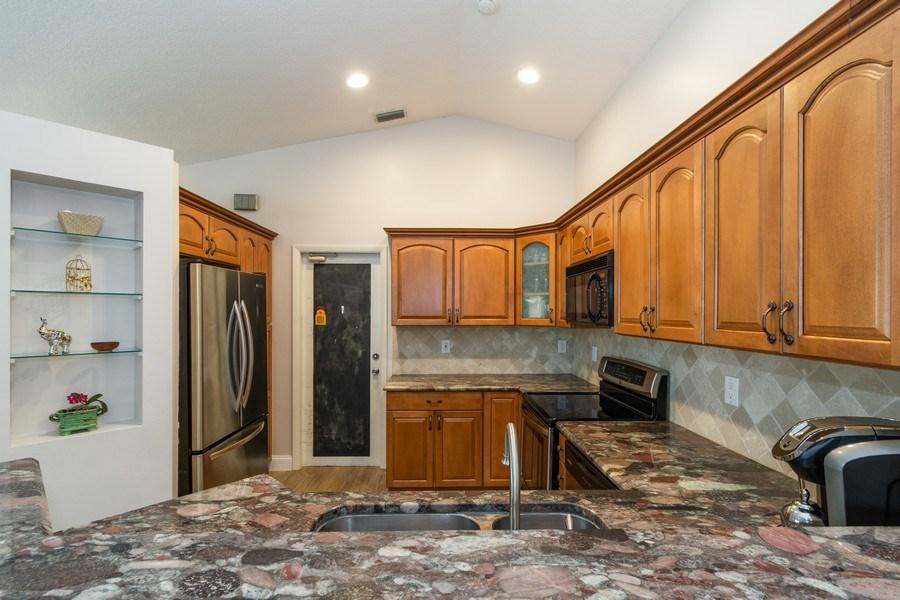 Real Estate Photography - 1536 Salerno Cir, Weston, FL, 33327 - Kitchen