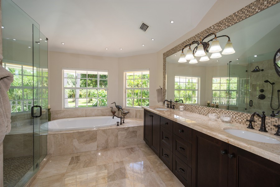 Real Estate Photography - 7250 NW 82nd Terrace, Parkland, FL, 33067 - Master Bathroom