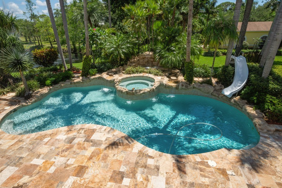 Real Estate Photography - 7250 NW 82nd Terrace, Parkland, FL, 33067 - Pool
