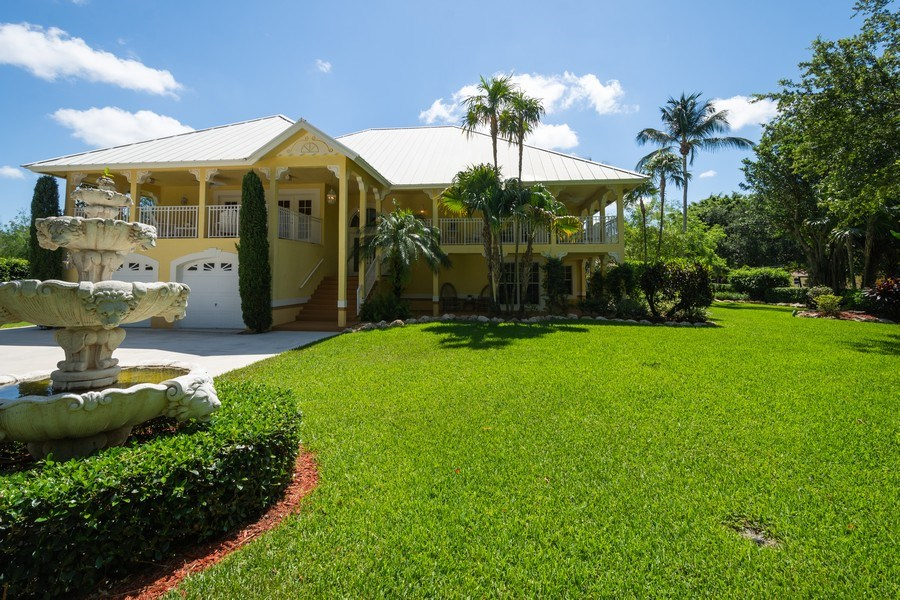 Real Estate Photography - 7250 NW 82nd Terrace, Parkland, FL, 33067 - Front View