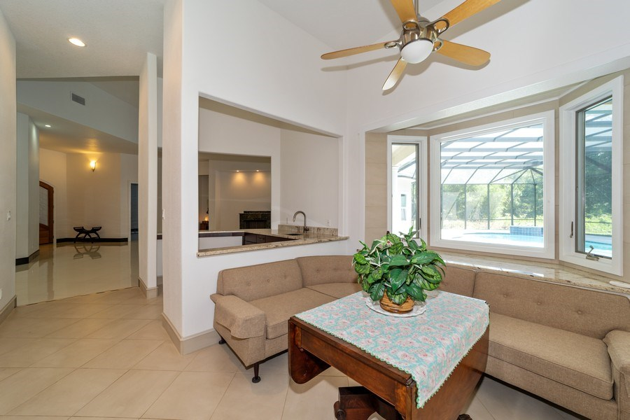 Real Estate Photography - 26052 Splendid Meadow Ct., Astatula, FL, 34705 - Breakfast Room