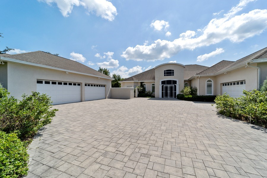 Real Estate Photography - 26052 Splendid Meadow Ct., Astatula, FL, 34705 - Front View
