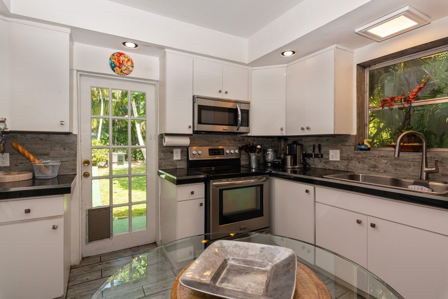 Real Estate Photography - 3920 Monserrate Street, Coral Gables, FL, 33134 - Kitchen