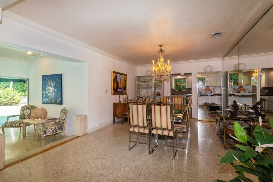Real Estate Photography - 3920 Monserrate Street, Coral Gables, FL, 33134 - Dining Room